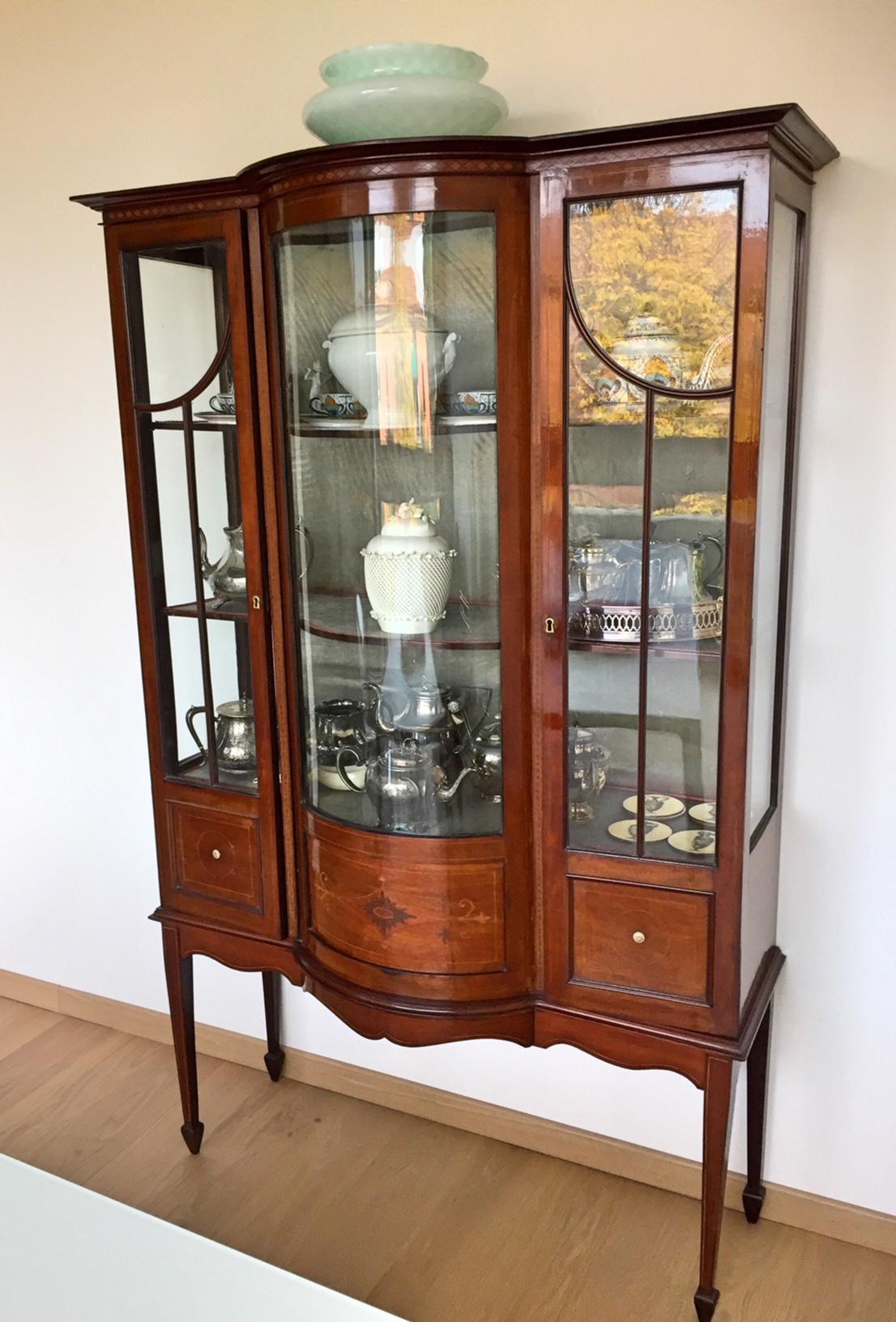 vetrinetta antica